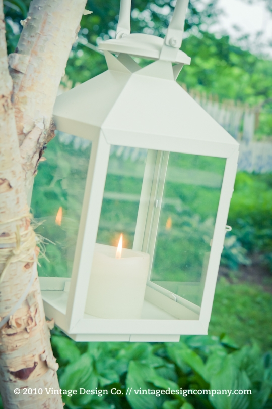 Good Earth Food and Wine // Outdoor Lanterns