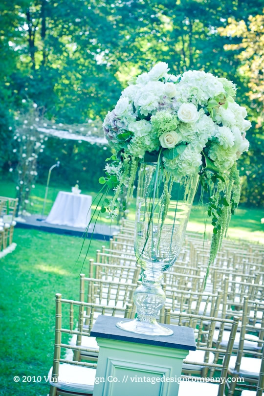 Vintage Design Co. // Curly Willow Chuppah 3