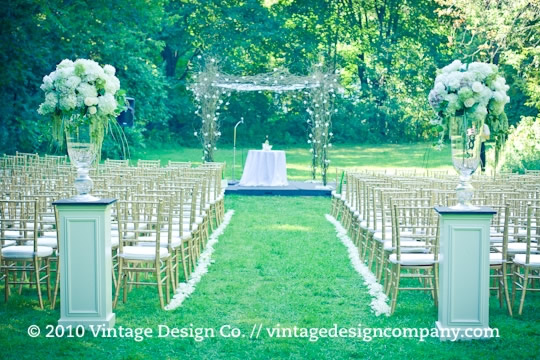 Vintage Design Co. // Curly Willow Chuppah 2