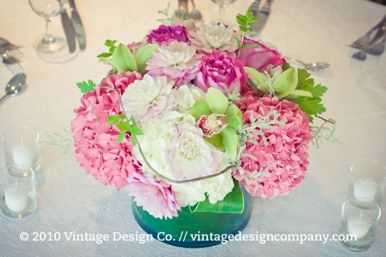 Vintage Design Co. // Pink and White Wedding Centrepieces