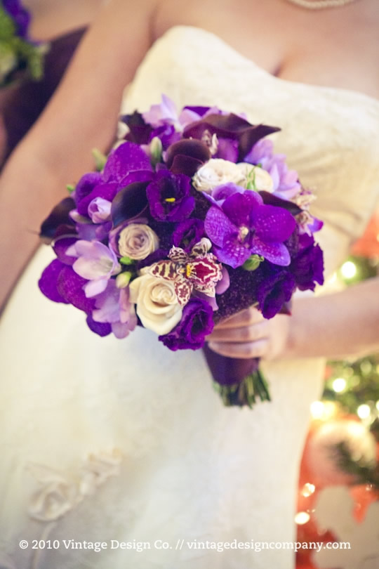Purple brides bouquet 2