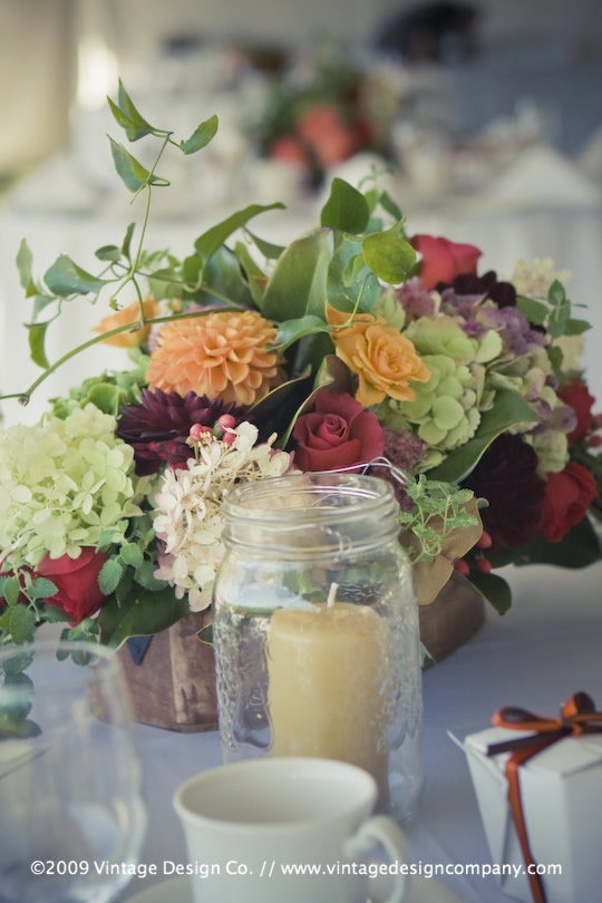 Vintage Design Co. // Niagara-on-the-Lake Wedding Flowers // Centerpieces