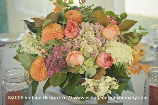 Vintage Design Co. // Niagara-on-the-Lake Wedding Flowers // Centerpieces 2