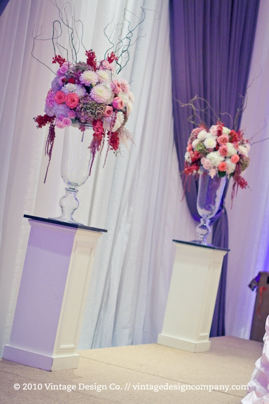 Headtable with Back Drop