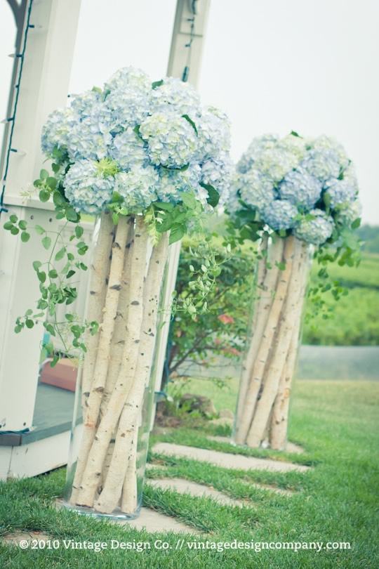 Niagara on the Lake Wedding Florist // Wedding Ceremony at Riverbend Inn Gazebo 2