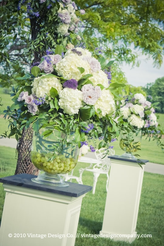 Outdoor Winery Wedding Ceremony in Niagara on the Lake