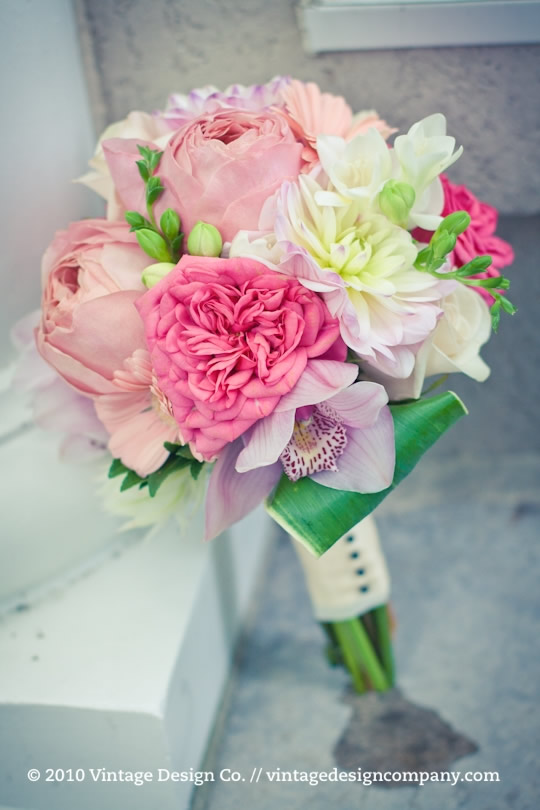 Vintage Design Co. // Soft Pink Bridesmaids Bouquet