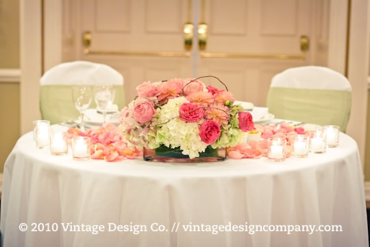 Vintage Design Co. // Queen's Landing Grand Georgian Ballroom Sweet Heart Table