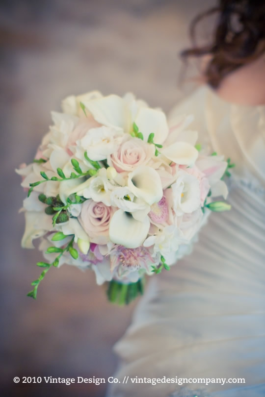 Niagara Wedding Florist // Pink & White Bride Bouquet