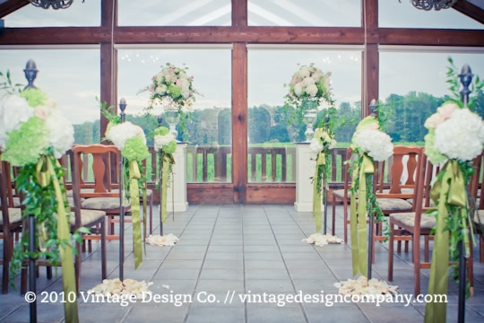 Niagara Wedding Florist // Vineland Estates Carriage House Wedding Ceremony