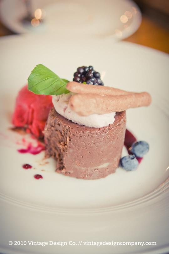 Niagara Wedding Florist // Vineland Estates Carriage House Decaden Dessert