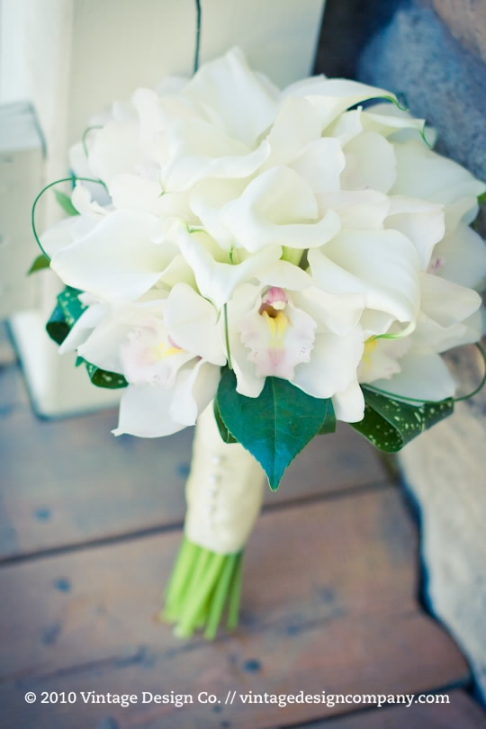 Niagara Wedding Florist // White Calla Lily Bridal Bouquet