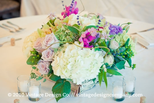 Niagara Winery Wedding // Wedding Ceremony Altar Flower Arrangments