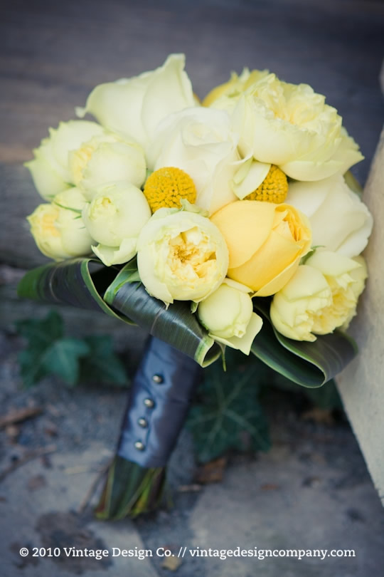 Niagara Wedding Florist // Yellow Bride's Bouquet