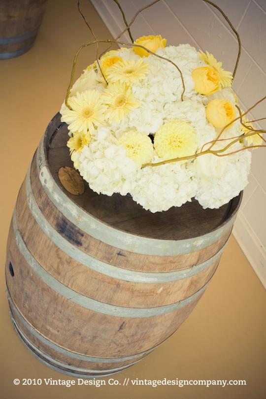 Niagara Wedding Florist // Yellow Alter Wedding Ceremony Flowers