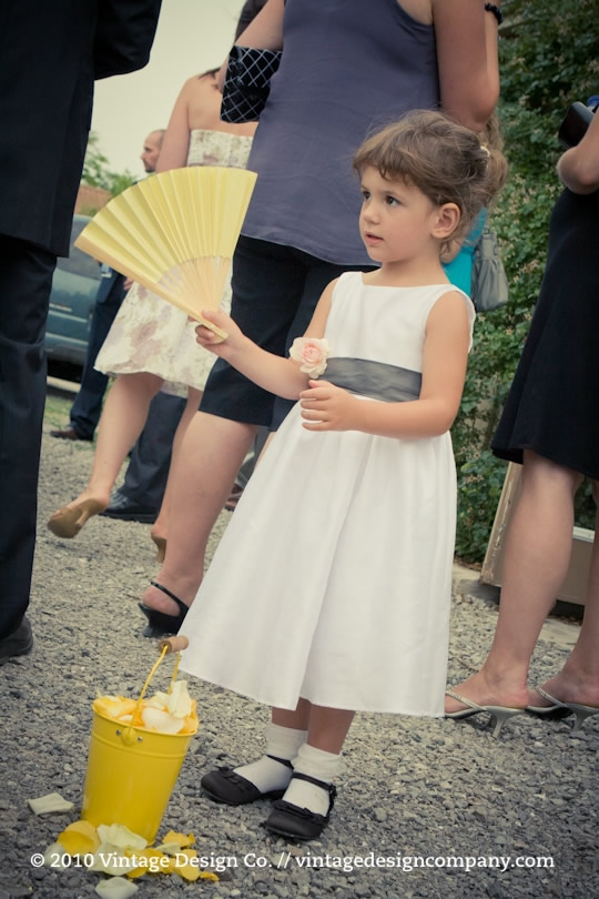 Niagara Wedding Florist // Yellow Flower Girl
