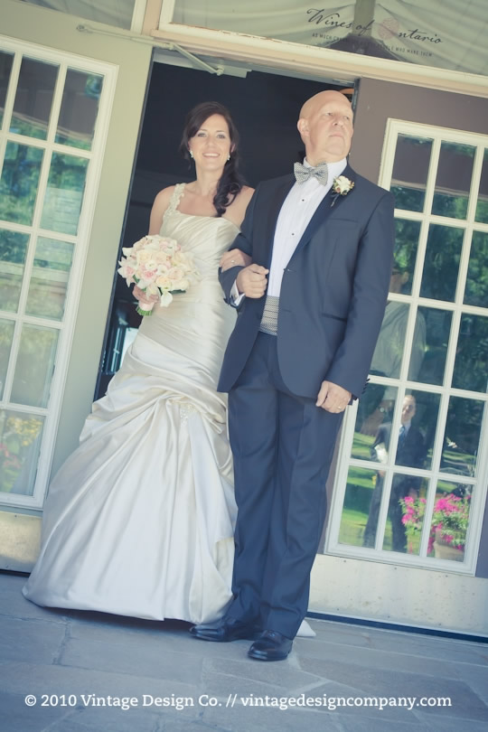 Niagara on the Lake Wedding Florist // Pink and White Bride
