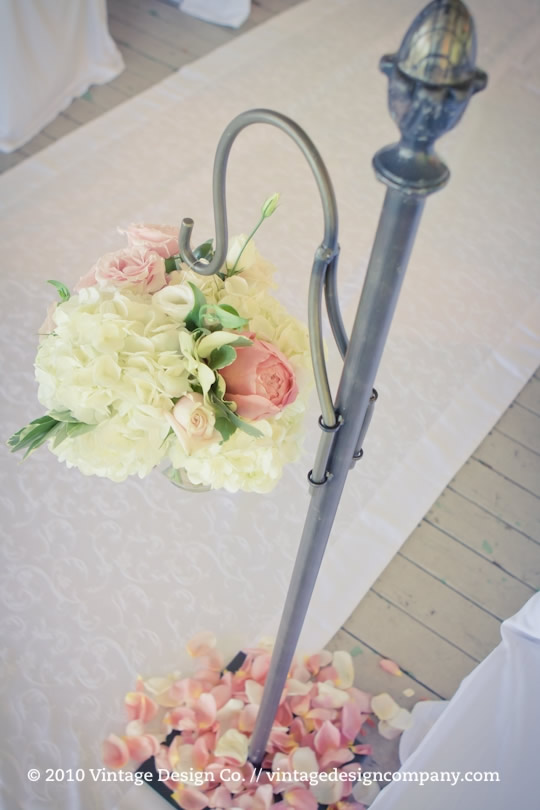 Niagara on the Lake Wedding Florist // Wedding Ceremony at Queenston Heights 2
