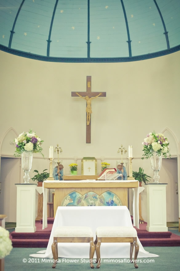 Wedding Ceremony and Altar Flowers