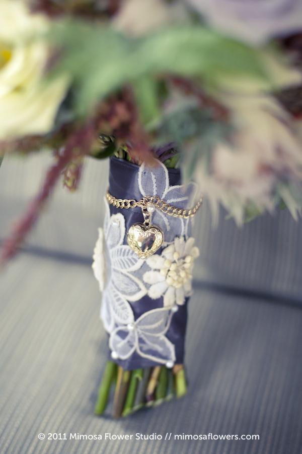 Lace on Bouquet Handle Stem