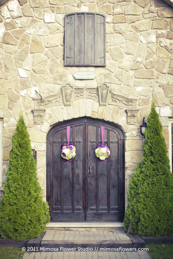 Vineland Estates Carriage House doors with Pomander Ball Flowers