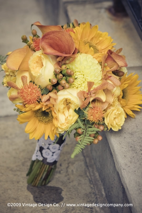 Vintage Design Co. // Niagara-on-the-Lake Wedding Flowers // Bride's Bouquet 2