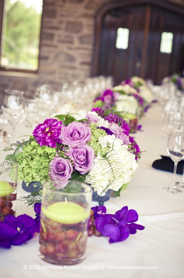 Wedding Flower Tablescape at Vineland Estates Winery