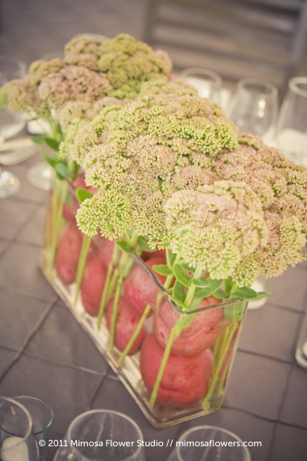 Quirky Centrepieces with fruits and vegetables 8