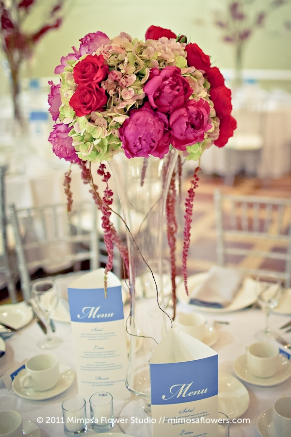 Queen's Landing Wedding Reception Flowers