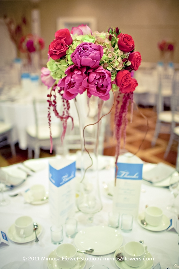 Queen's Landing Wedding Reception Flowers 2